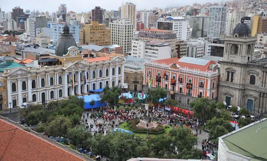 Image result for la Plaza Murillo en el centro de La Paz evo morales