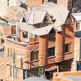La paz la ciudad anaranjada for Casas minimalistas la paz bolivia