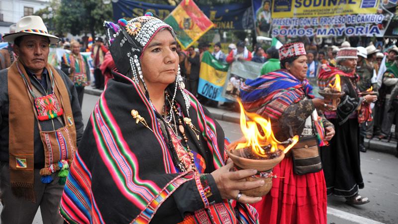 Resultado de imagen para Bolivia celebra Día de la Descolonización